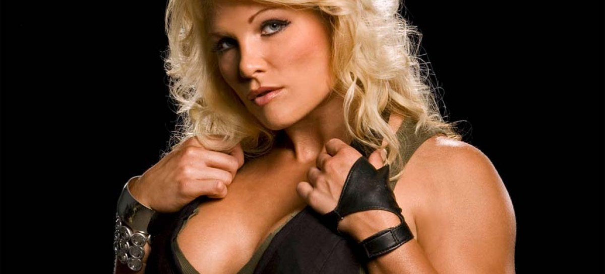 Beth Phoenix gives her notice, leaving WWE next month