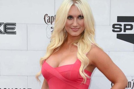 Brooke Hogan gets engaged in Las Vegas