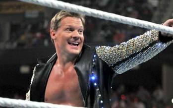 Jericho helps friend propose to girlfriend inside WWE ring at live event