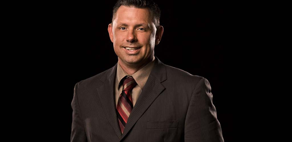 Michael Cole receives phone call from Jerry Lawler