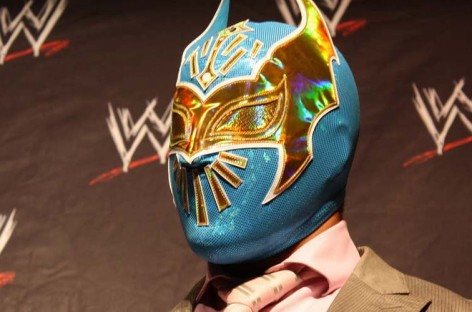 Sin Cara undergoes knee operation, off WWE TV for a while