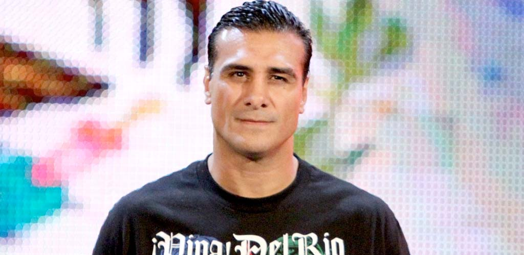 Alberto Del Rio and Paige planning a May wedding
