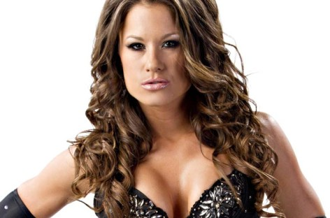 Brooke Adams and Robbie E on The Amazing Race starting tonight