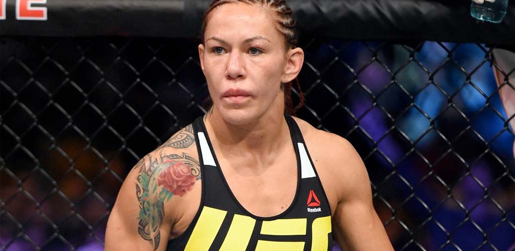 UFC's Cris Cyborg offers to help Alexa Bliss prepare for Ronda Rousey