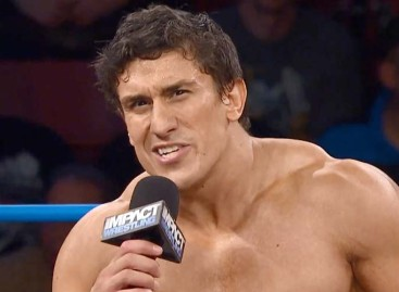 Ethan Carter III becomes the new TNA World Heavyweight champion