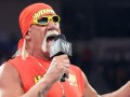 Hulk Hogan takes charge of Christmas-themed Raw tonight