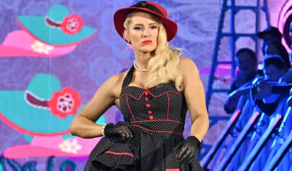 Lacey Evans joins Montel Williams on Military Makeover TV show