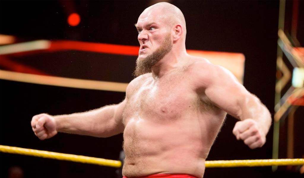 Lars Sullivan finally arrives on Monday Night Raw