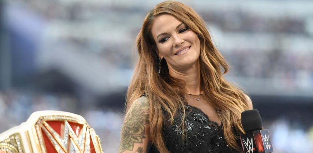 Lita discusses how she found out she'd be wrestling at Evolution