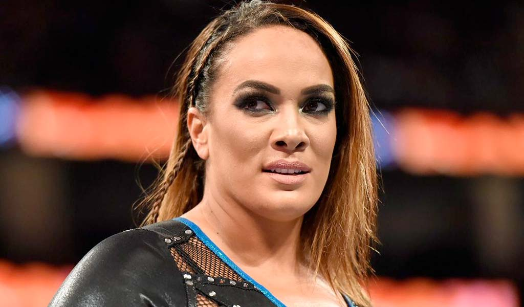 Nia Jax takes a shot at Becky Lynch on Twitter…Lynch fires back!