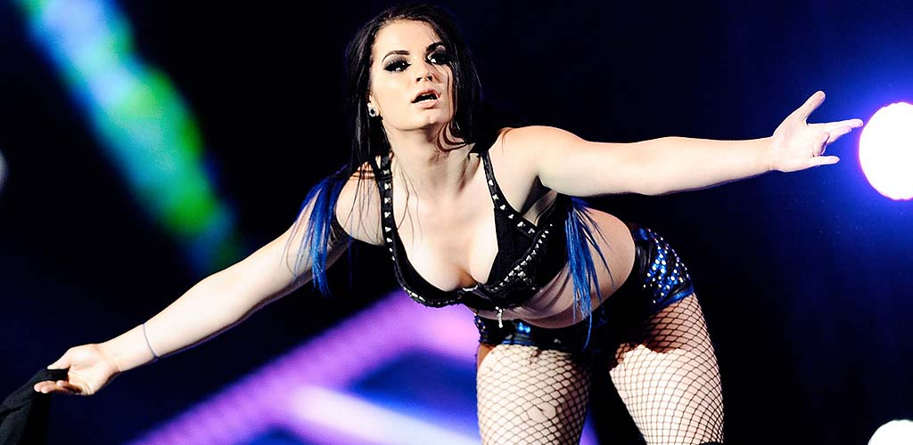 Paige tells fans to leave them alone after El Patron airport story pops up