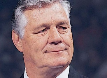 WWE honors Pat Patterson after Raw goes off the air