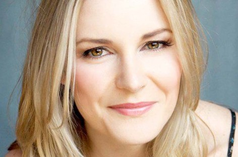 Renee Young promoted to Superstars commentary team