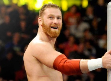 Sami Zayn to undergo MRI for injured shoulder following Raw match