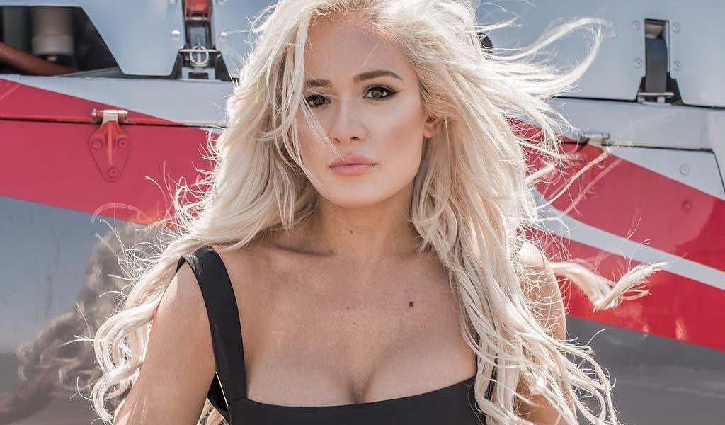Scarlett Bordeaux's lap dance video from last week's Impact racks up the views