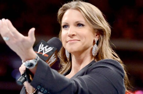Stephanie McMahon's congratulatory tweet to Oscar winner backfires