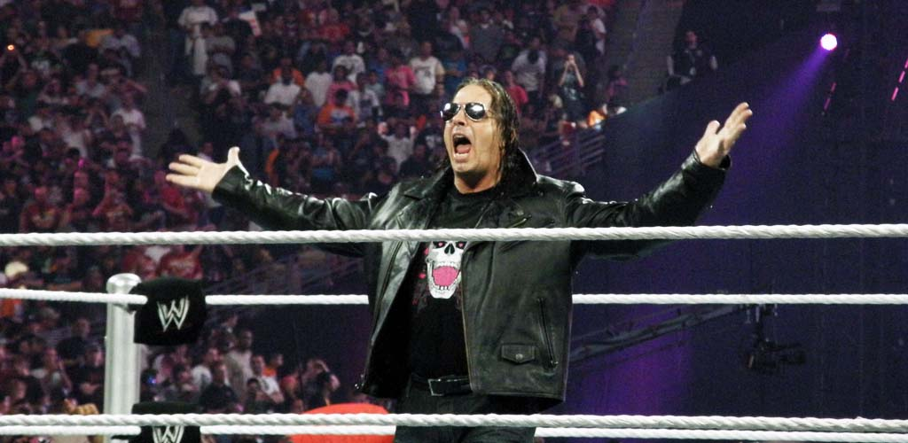 Bret Hart rips into Triple H, calls him overrated
