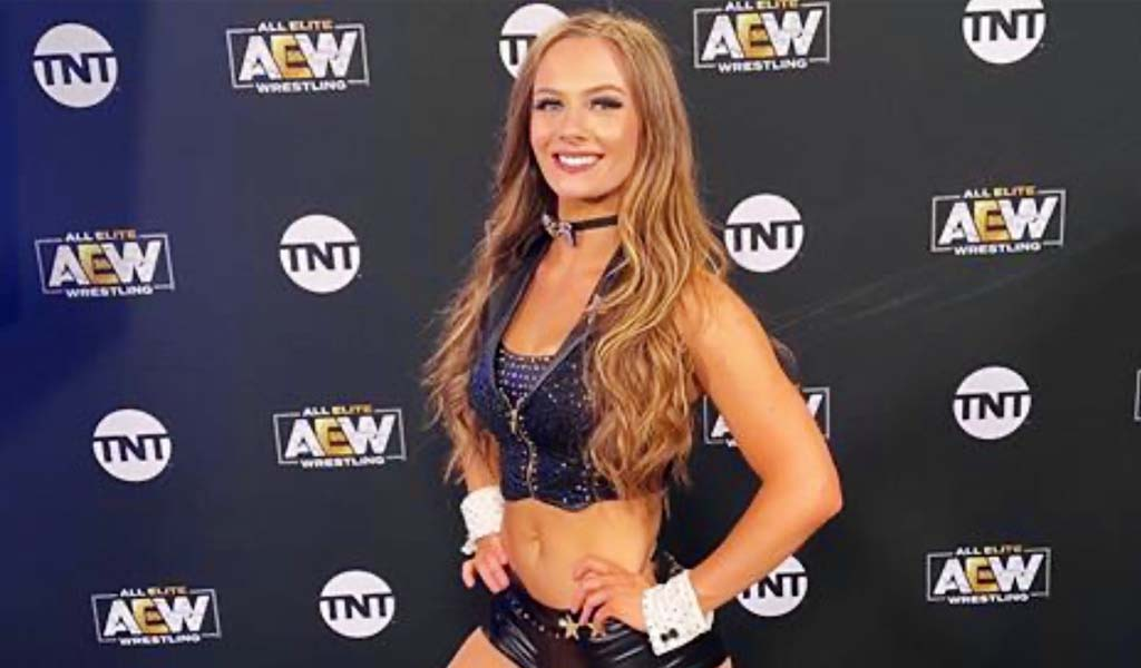 Anna Jay signs with All Elite Wrestling