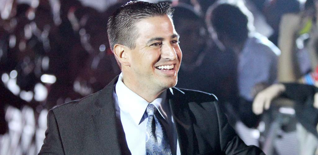 Justin Roberts' biography book out on April 1