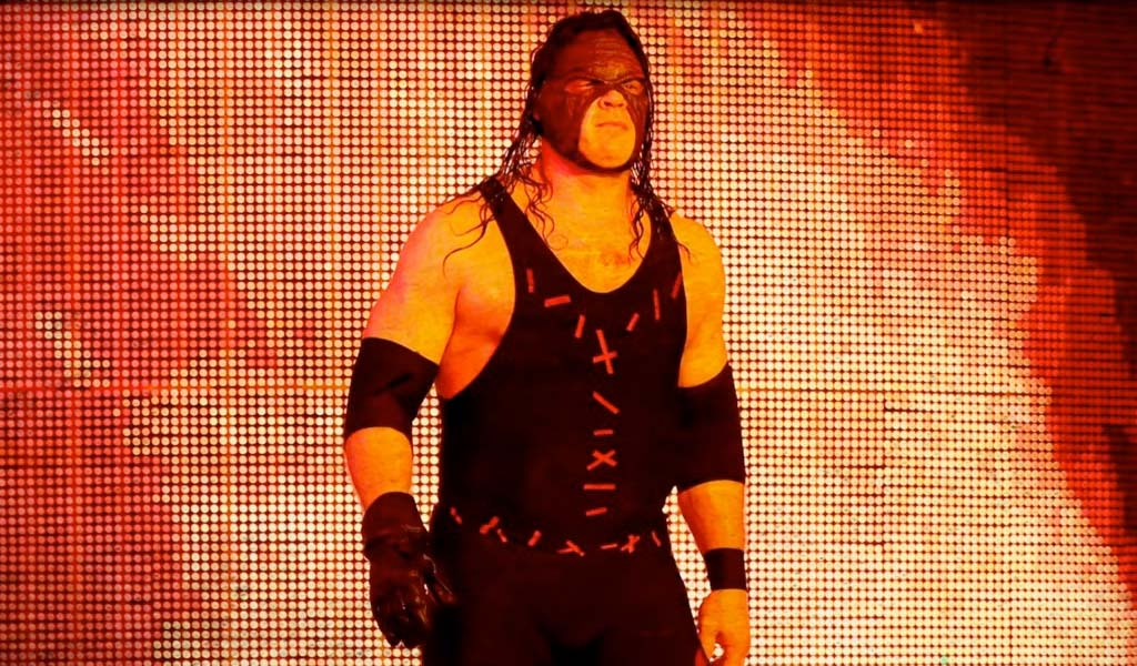 Kane returns on Smackdown tonight