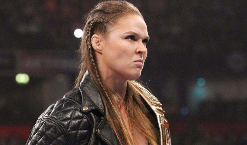 Ronda Rousey talks breaking her hand at WrestleMania on The Late Show with Stephen Colbert