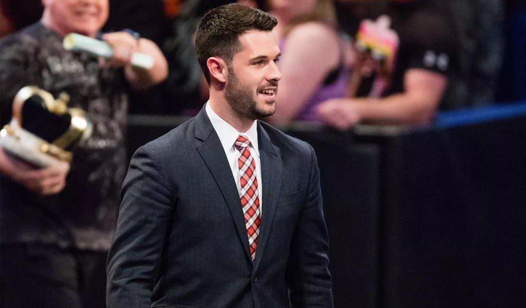 Tom Phillips to lead Monday Night Raw broadcast team